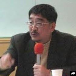 淡江大学教授施正锋