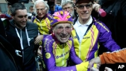 Robert Marchand set a record in the 105-year-old category for his one-hour ride.