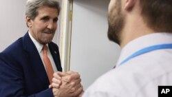 """El secretario de Estado, John Kerry dijo que """"esta es una victoria para todo el planeta y para las futuras generaciones""""."""