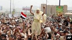 也門群眾繼續抗議薩利赫執政。