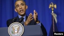 美国总统奥巴马在2015年巴黎联合国气候峰会期间对记者发表谈话