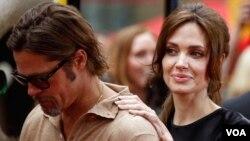 La actriz le escribió una nota a Brad Pitt en la que revela un profundo miedo por su seguridad.