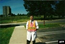 Bác sĩ Dương Nguyễn, y sĩ trưởng toán cấp cứu đầu tiên cho các nạn nhân vụ khủng bố 11/9/2001tại Ngũ Giác Đài