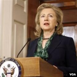 Menlu AS Hillary Rodham Clinton berbicara soal hubungan AS dengan Pakistan dan Afghanistan pasca Bin Laden (2/5).