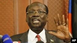 Bộ trưởng Thông tin Nam Sudan Barnaba Marial Benjamin tuyên bố nước ông không phải là một kẻ thù của Sudan.