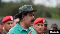 Maduro asegura que tiene el total apoyo de la Fuerza Armada Nacional Bolivariana.