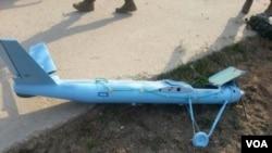 在黃海有爭議海域附近的白翎島發現的疑似北韓無人機殘骸。