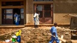Más de 1.600 personas en el este del Congo han muerto a medida que el virus se ha propagado en áreas demasiado peligrosas para que los equipos de salud puedan acceder.