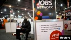 Buscando trabajo en Estados Unidos: la tasa de desempleo ha disminuido, pero las cifras no son del todo alentadoras.