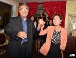 2018 미국 캘리포니아주 연방 하원의원 선거에서 공화당 후보로 당선된 영 김 당선인(오른쪽)과 남편 찰스 김 씨.