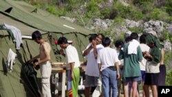 Des réfugiés dans le camp pour migrants de Nauru, le 2 février 2017.