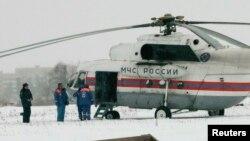 Chiếc trực thăng đậu gần nơi ông Mikhail Khodorkovsky bị giam giữ tại làng Segezha gần biên giới Phần Lan