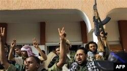 Լիբիայի ապստամբ ուժերը մուտք են գործել Բրեգա նավահանգիստը