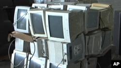 废旧电视机、电脑等电子废料