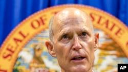El gobernador de Florida, Rick Scott, dice que espera que se apruebe una legislación sobre seguridad en las escuelas.