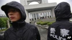 어제(9일) 구카이라이 재판이 열린 중국 안후이성 허페이 법원.