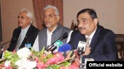 وزیر اعظم کے مشیر عاصم حسین نے پیٹرولیم پالیسی 2012ء کا اعلان کیا۔
