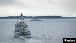 瑞典掃雷艦10月19日巡視斯德哥爾摩附近的水域。