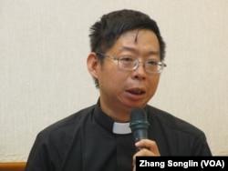 台灣基督教牧師黃哲彥(美國之音張永泰拍攝)