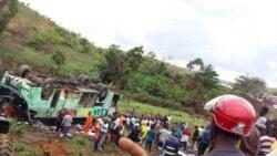 Minei bakufi mpe 51 bazoki na likama ya bus pene na Dolisie (C-Brazzaville)