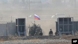 Российский вооруженный патруль в юго-восточной Сирии. 5 ноября 2019.