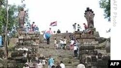 Binh sĩ Thái Lan-Campuchia đụng độ gần đền Preah Vihear