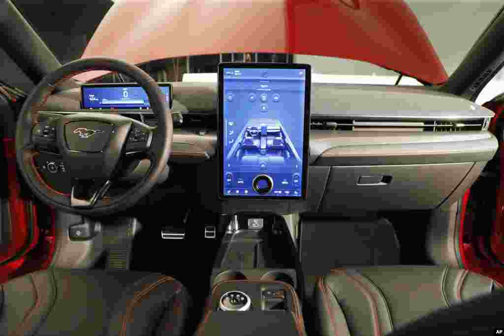 Ford no ha escatimado en los detalles interiores, lo que brindará a los conductores una experiencia moderna de manejo.