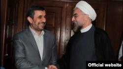 """مقامات دولت روحانی """"بیاحتیاطی"""" دولت احمدینژاد را عامل دستیابی آمریکا به داراییهای ایران میدانند."""