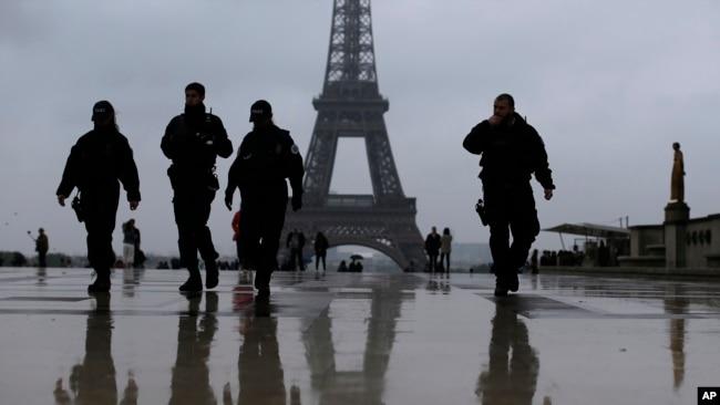 An ninh được tăng cường trong ngày diễn ra cuộc bầu cử tổng thống vòng hai ở Pháp hôm 7/5.