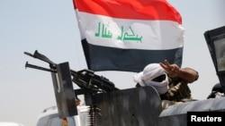 伊拉克军队在费卢杰城下。