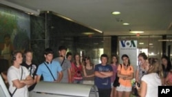 Skupina mladih iz Hrvatske u posjetu Americi i Glasu Amerike