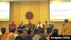 Diskusi soal Trans Pasific Partnership yang diselenggarakan CSIS di Jakarta Rabu, 11 November 2015.(Foto: VOA/Andylala)