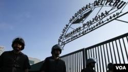 """La Policía antiterrorista peruana considera que """"camarada Artemio"""" es responsable de unas 1.000 muertes de policías."""
