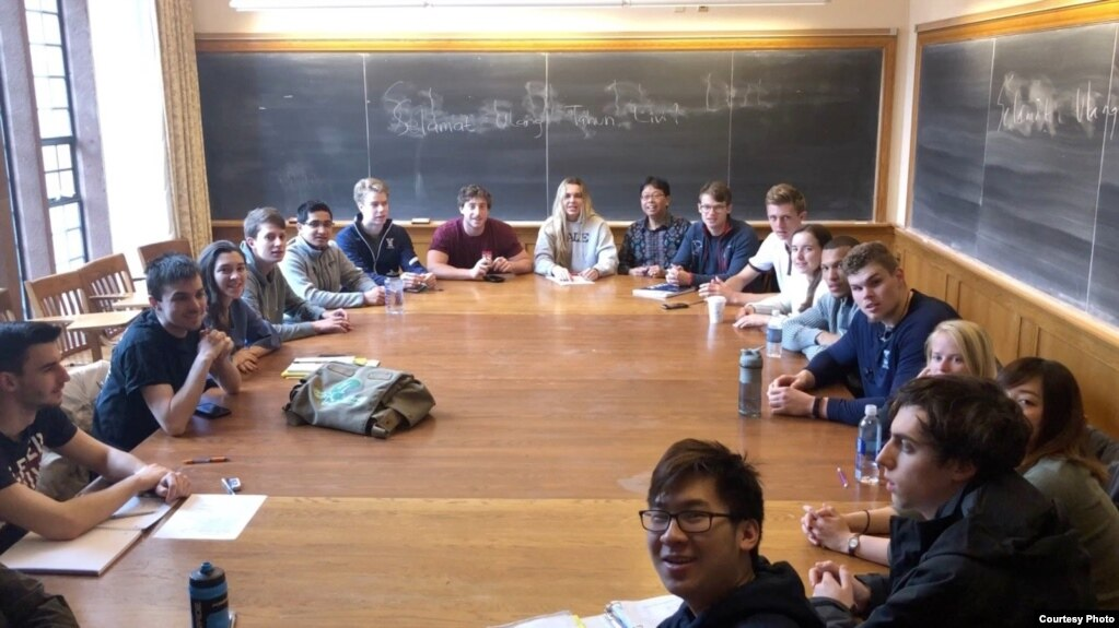 "Mahasiswa Yale University saat menonton film ""Blitar"" karya Livi Zheng (Dok: Livi Zheng)"