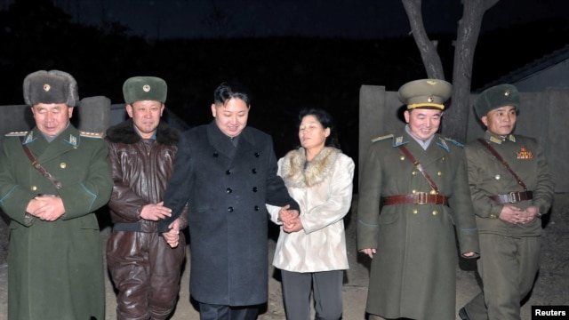 North Korean leader Kim Jong-Un (C) visits Unit 1017 of the Korean People's Army Air Force in an undisclosed. (File)