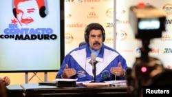 El presidente Nicolás Maduro someterá las medidas económicas a la evaluación de partido de gobierno.
