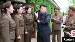 朝鲜领导人金正恩(资料图片)