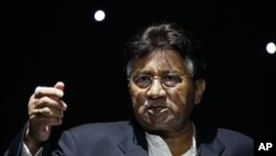 "Pervez Musharraf, the former President of Pakistan, talks during a public rally of his new political party, the ""All Pakistan Muslim League"" in Birmingham, England, 2 Oct 2010 (file photo)"
