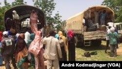 Un afflux massif de personnes en provenance du Niger signalé dans la région du Lac, située dans l'ouest du Tchad, 15 juillet 2017. (VOA/André Kodmadjingar)