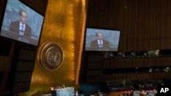 각국 대표들의 연설을 듣는 유엔 총회