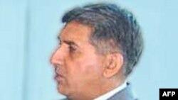 Pakistan İstihbarat Dairesi Başkanının Görev Süresi Uzatıldı