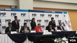 Fiscales del triángulo norte en la firma del memorando de creación de la Unidad contra el Tráfico de Migrantes.