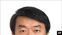លោក ជុង ឆាងហូ (Chung Chang-ho) ជនជាតិកូរ៉េខាងត្បូង ត្រូវបានតែងតាំងជំនួសលោកស្រីចៅក្រម ខាថឺរីន ម៉ារឈី យូហ៊ែល (Chatherine Marchi-Uhel) ដែលត្រូវវិលទៅបំពេញការងារនៅឯតុលាការព្រហ្មទណ្ឌអន្ដរជាតិនៃអតីតប្រទេសយូហ្គោស្លាវី។
