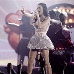 لیدی آنتبلوم با پنج جایزه، برنده بزرگ مراسم اهدای جوایز موسیقی گرمی