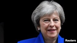 Inhloko kahulumende wele Bhilitane, Unkosikazi Theresa May.