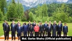 Учасники саміту «Великої сімки» і запрошені іноземні гості
