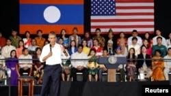 美国总统奥巴马在老挝对一批来自东南亚各国的年轻人发表讲话。(2016年9月7日)