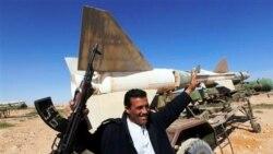 حامیان قذافی مواضع دفاعی اطراف طرابلس را تقویت می کنند
