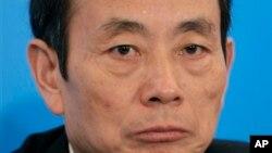 Ông Tưởng Khiết Mẫn bị truy tố ra trước Tòa án nhân dân trung cấp thành phố Hán Giang, tỉnh Hồ Bắc, với các tội nhận hối lộ, sở hữu khối lượng tài sản khổng lồ không rõ nguồn gốc, và lạm dụng chức quyền