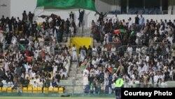 هواداران تیم ملی کرکت افغانستان که برای تشویق در میدان امارات متحده حضور به همر رسانیدند.